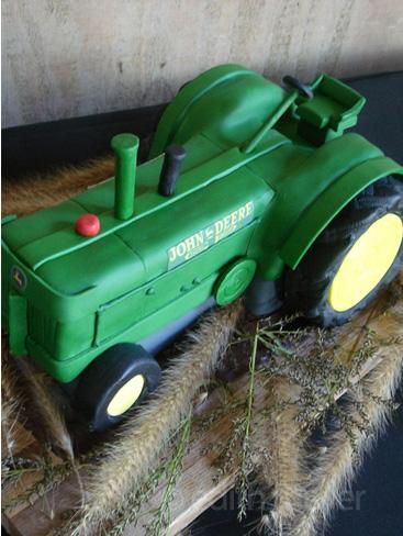 Tractor wedding cake