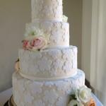 Detail of jacquard fondant wedding cake